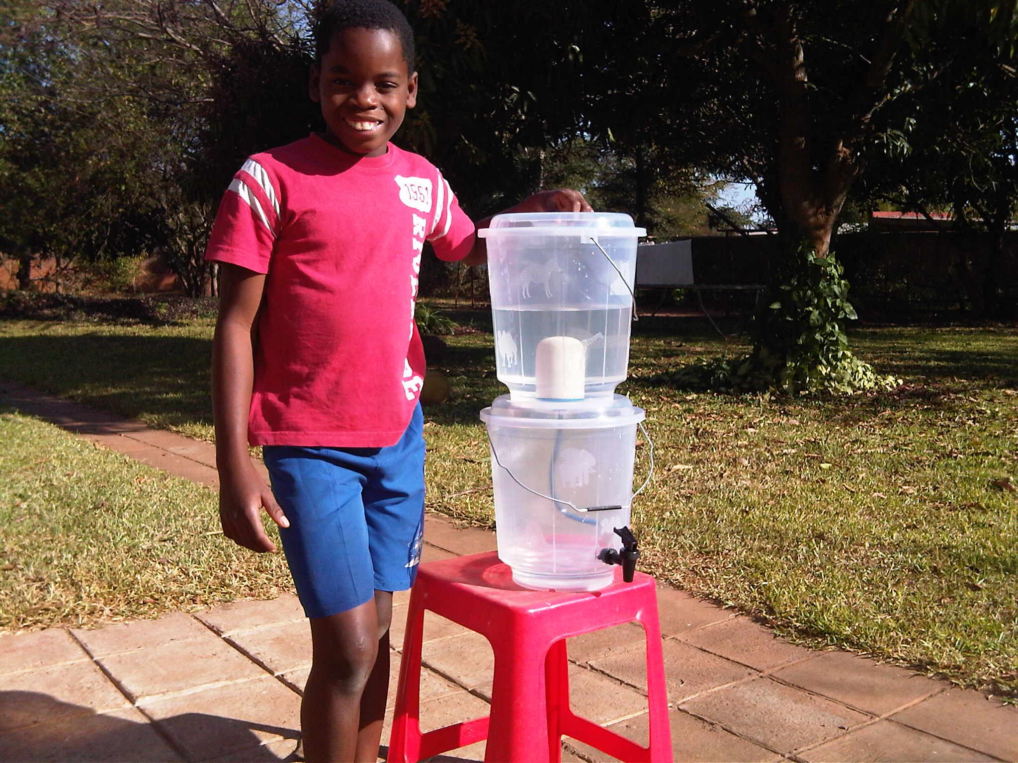 Malawi. Waterfilter. 12-15 Euro